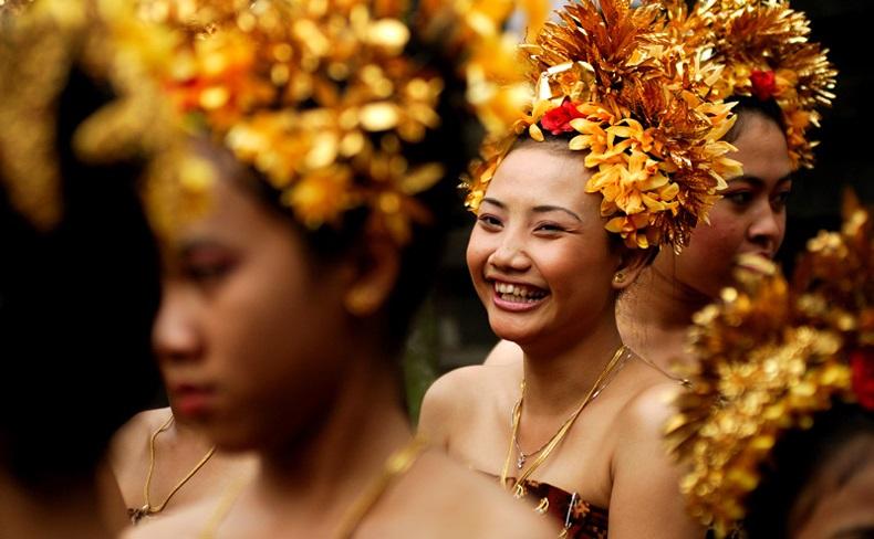 local balinese girl in tenganan