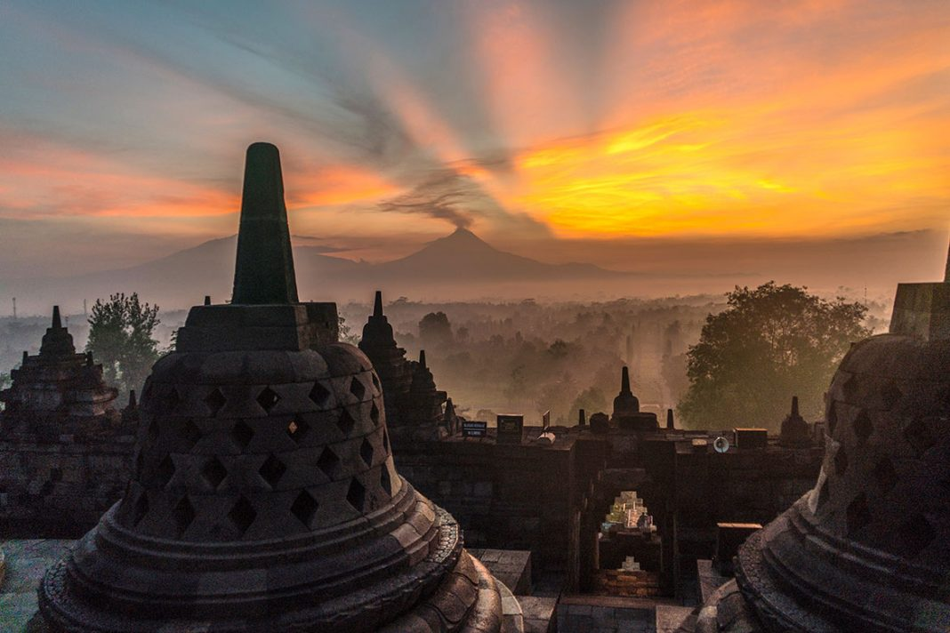 borobudur luxury tours