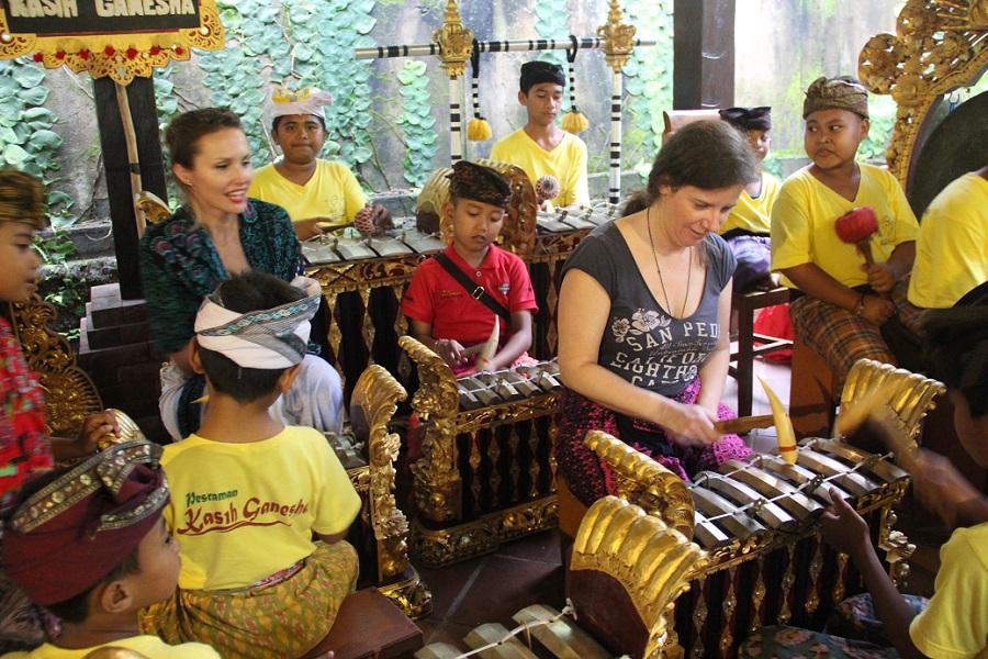 practice balinese gamelan