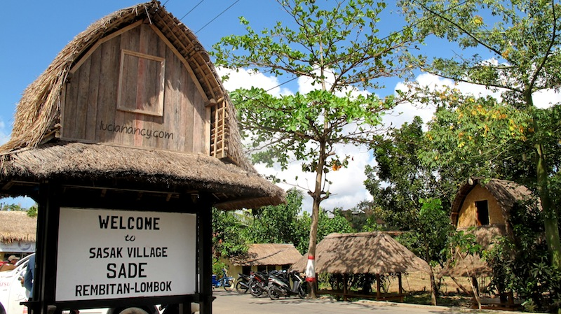 sasak sade traditional village