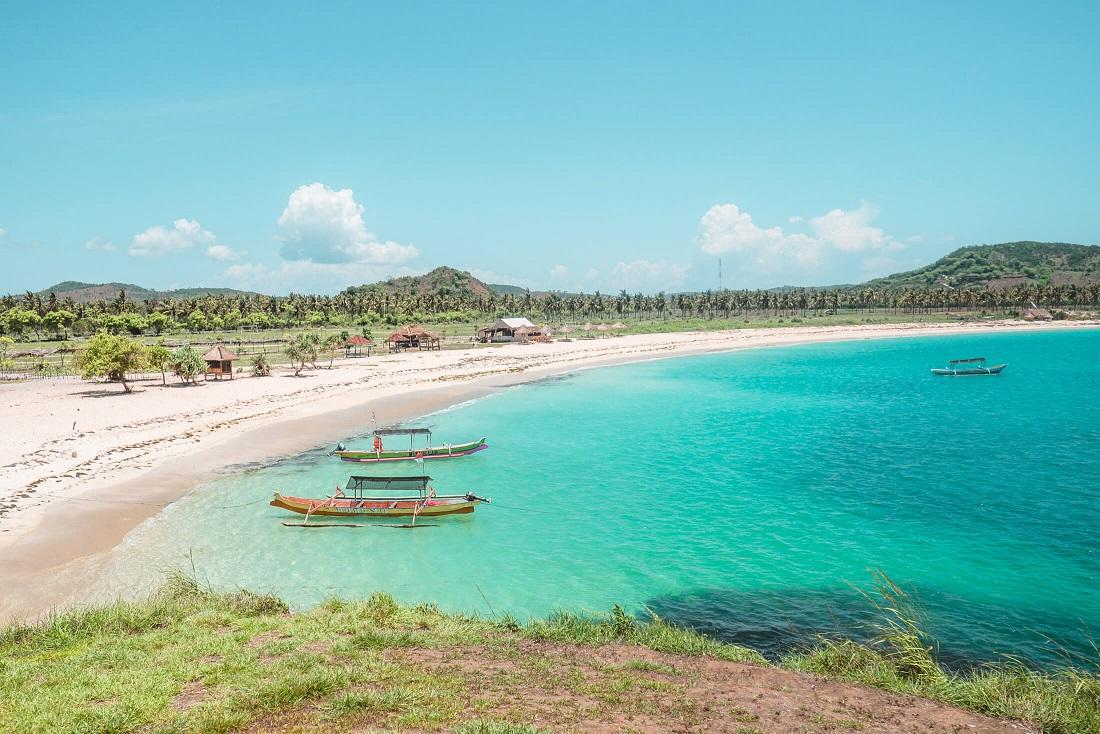 tanjung aan beach southern lombok
