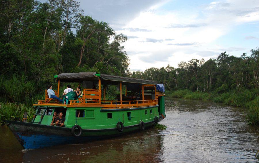klotok river boat