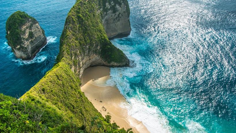nusa penida island indonesia