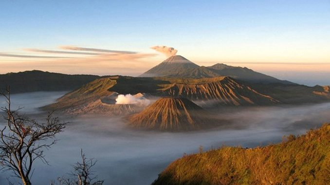visit java and its volcanoes