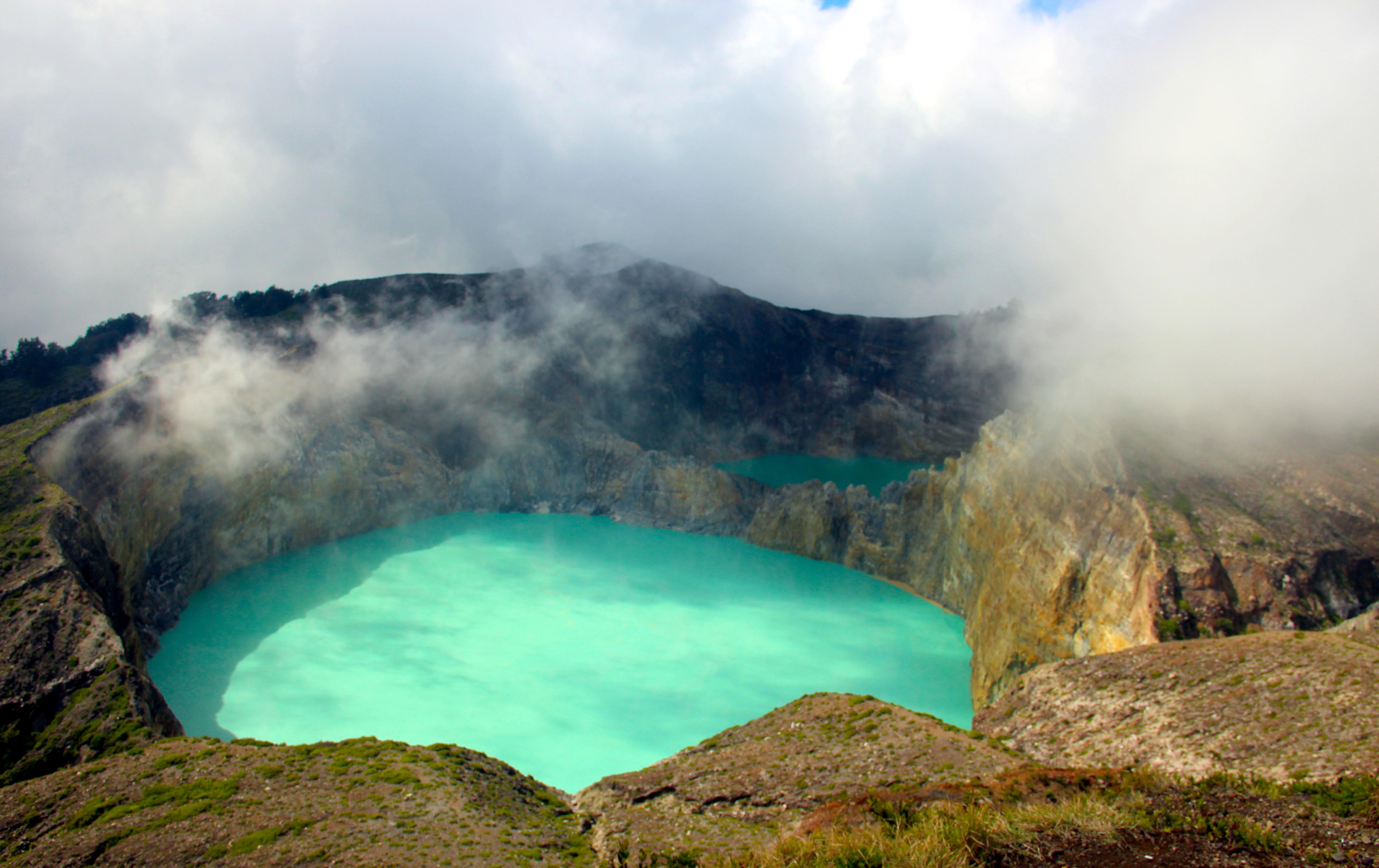 Flores' Inland & Komodo National Park | Authentic Indonesia