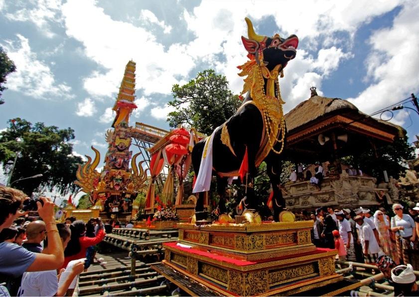 the lembu in ngaben ceremony
