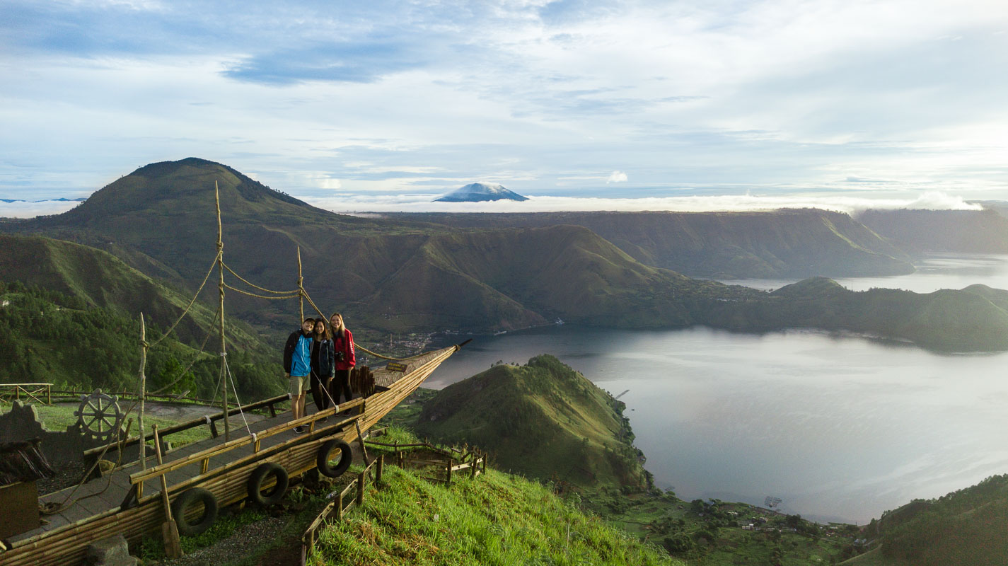 lake toba hiking