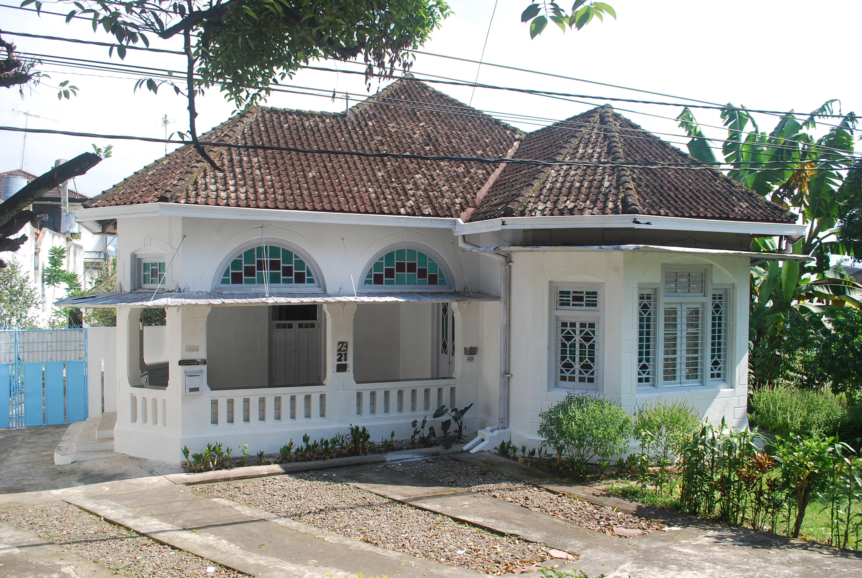 colonial house style in salatiga