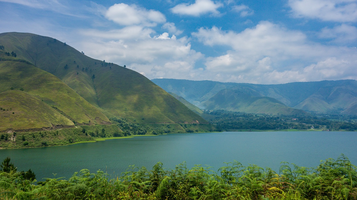 lake toba is the new bali