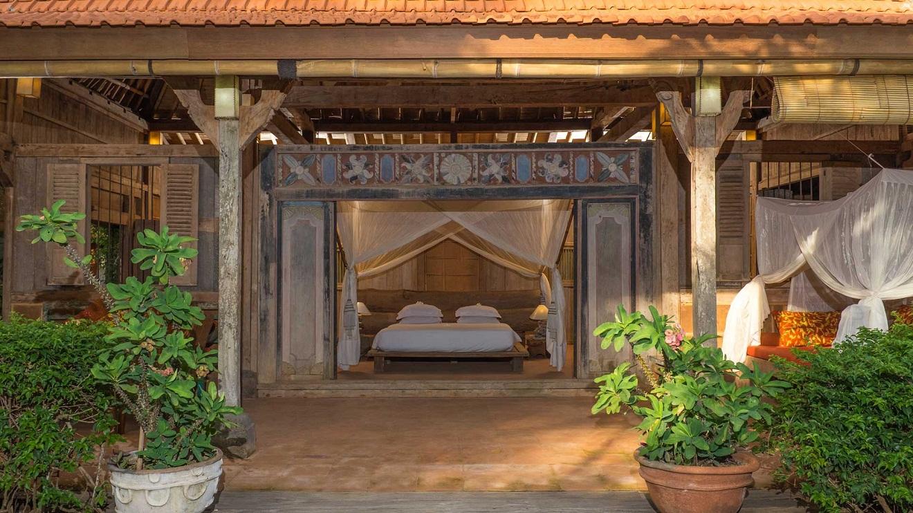 The Temple Lodge pecatu offer yoga class