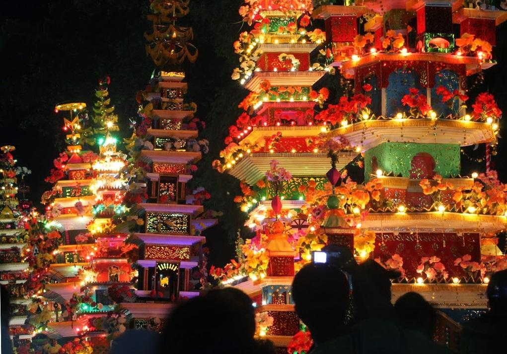 bengkulu tabot festival parade