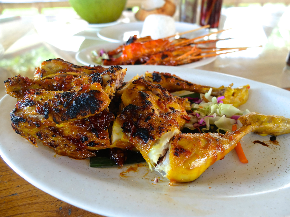 halal foods are easy to find in bali