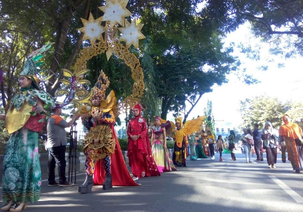 sasirangan traditional cloth festival in banjarmasin