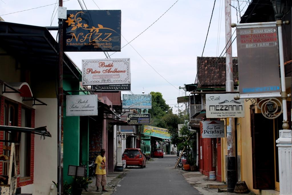 Visiting Laweyan Batik Village Solo