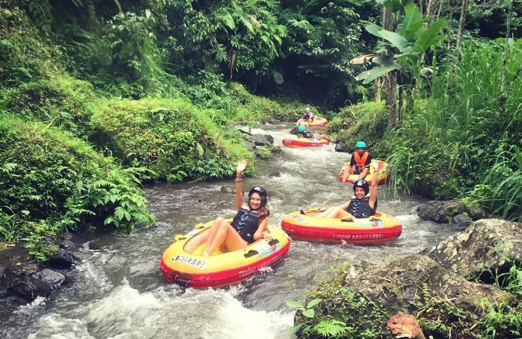 Water Tubing tour in Payangan