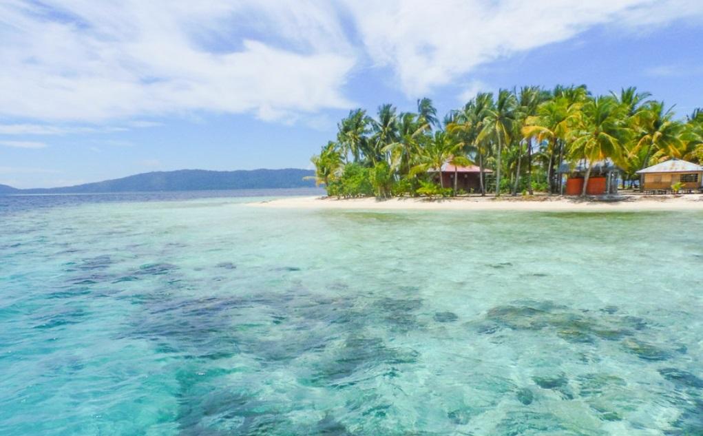 arborek exotic beach in raja ampat papua