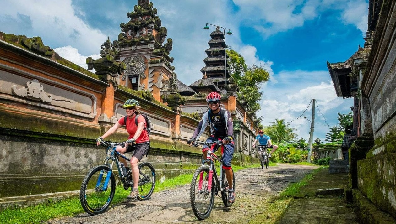 cycling around bali villages
