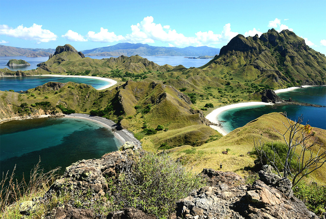padar island is a tourist destination in labuan bajo