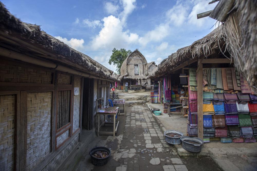sasak sade traditional village