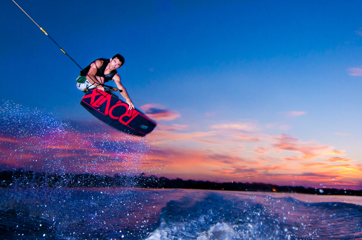 wakeboarding extreme sport