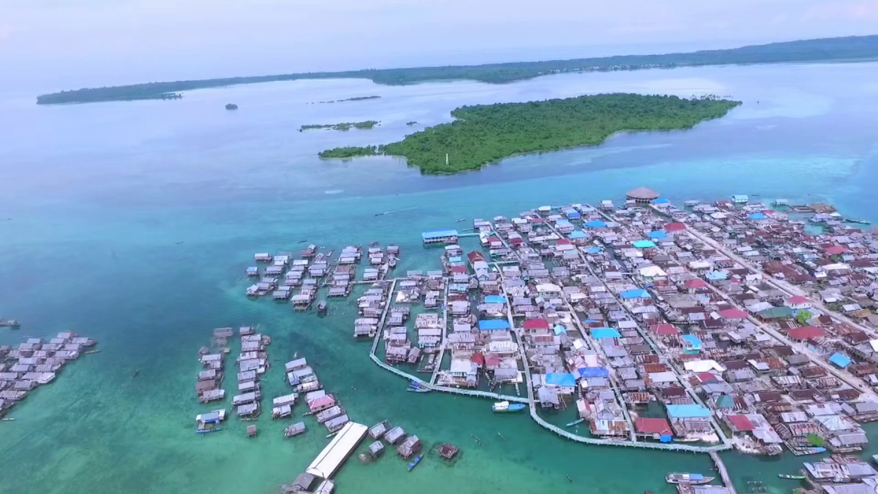 Meet the Bajo Tribe (Sea Gypsies) in wakatobi