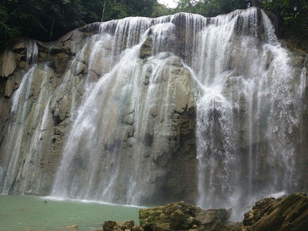 amazing Kandawu Ndawuna waterfall