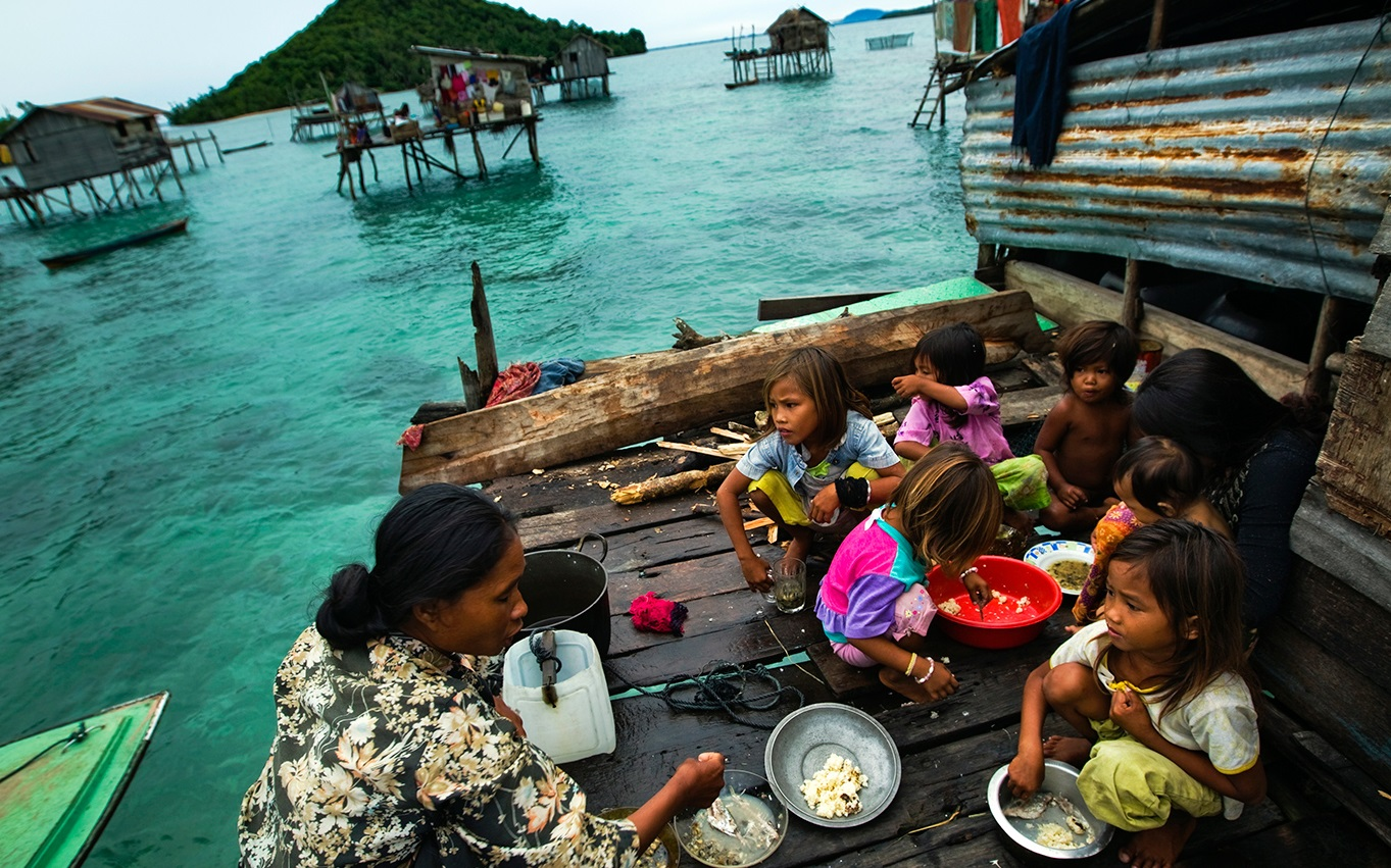 life of bajau tribe at the sea