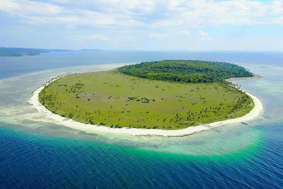 liwutongkidi island in southeast sulawesi