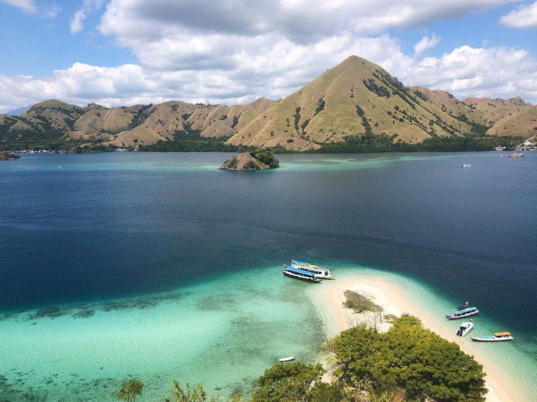 one of the most beautiful island in indonesia is flores