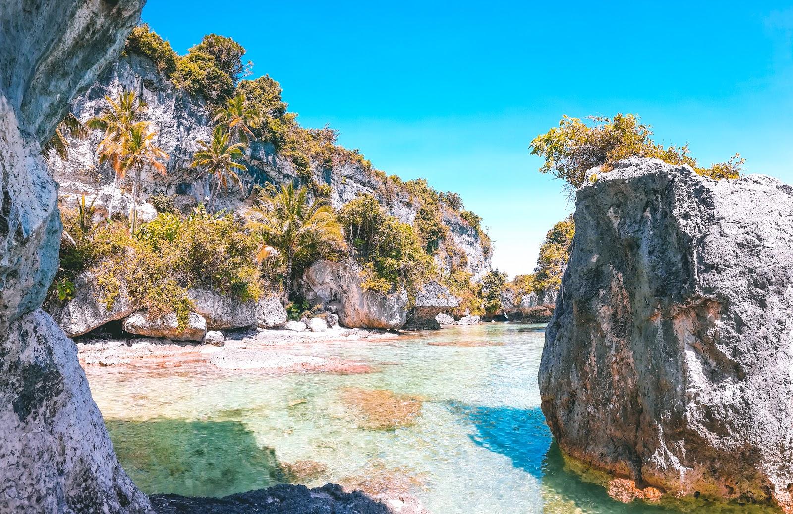 what to do in bahari beach south buton island
