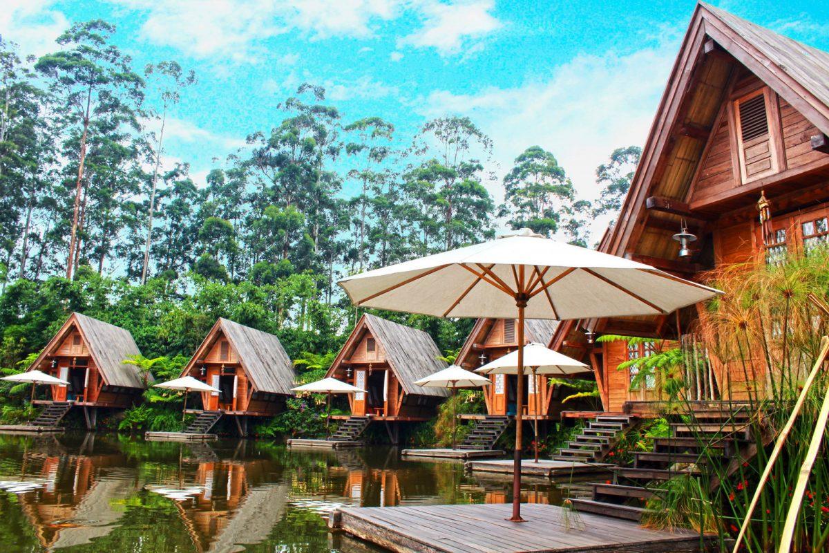 floating lodges in dusun bambu lembang