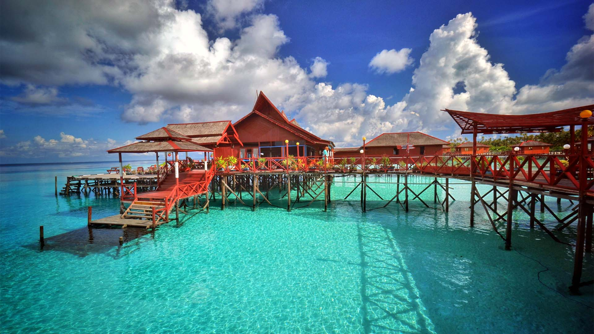 maratua paradise resort on the water