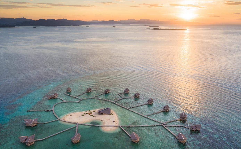pulo cinta floating villas in gorontalo
