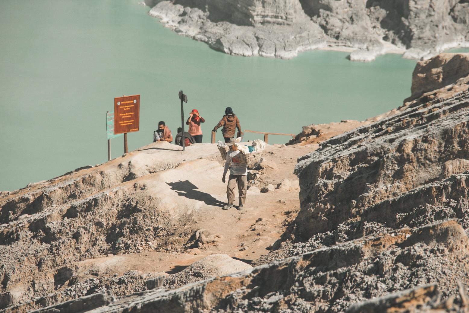 sulfur miner of ijen volcano
