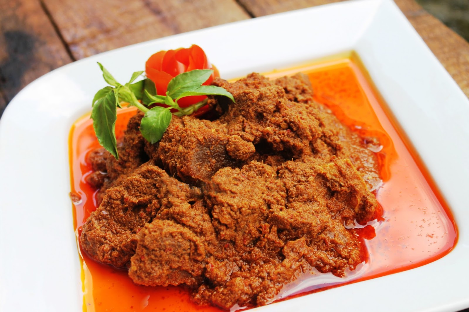 indonesian food rendang