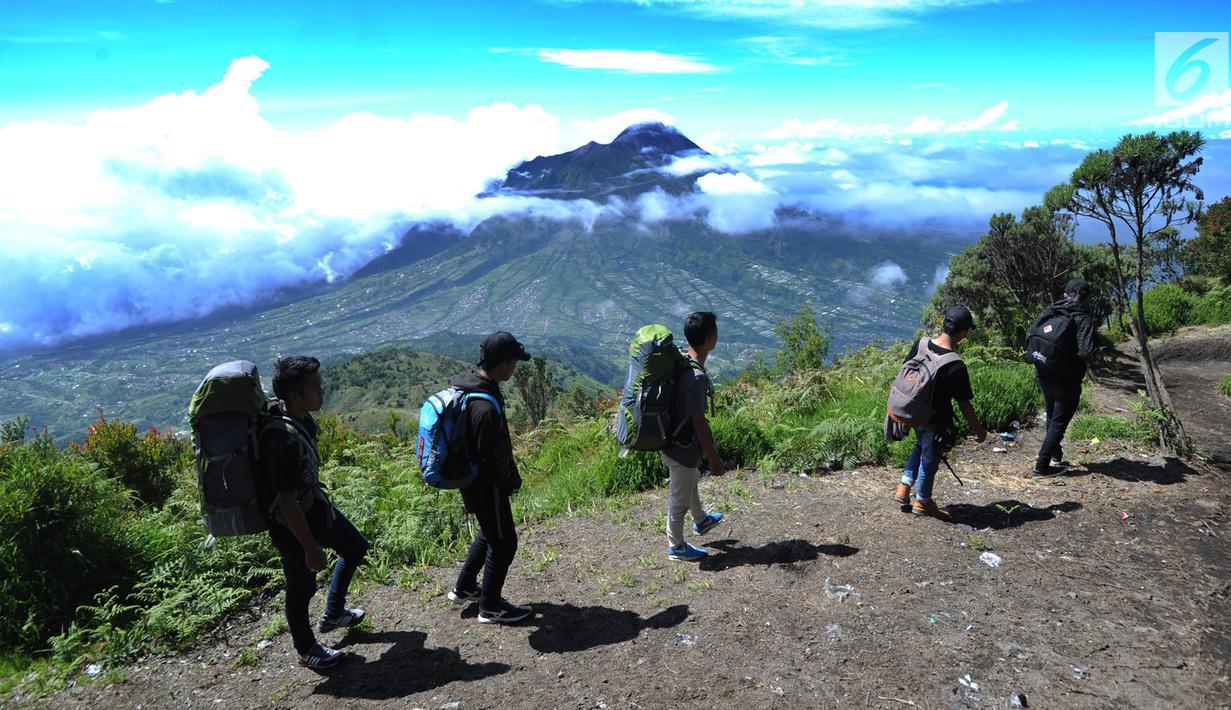 mount merbabu trekking program