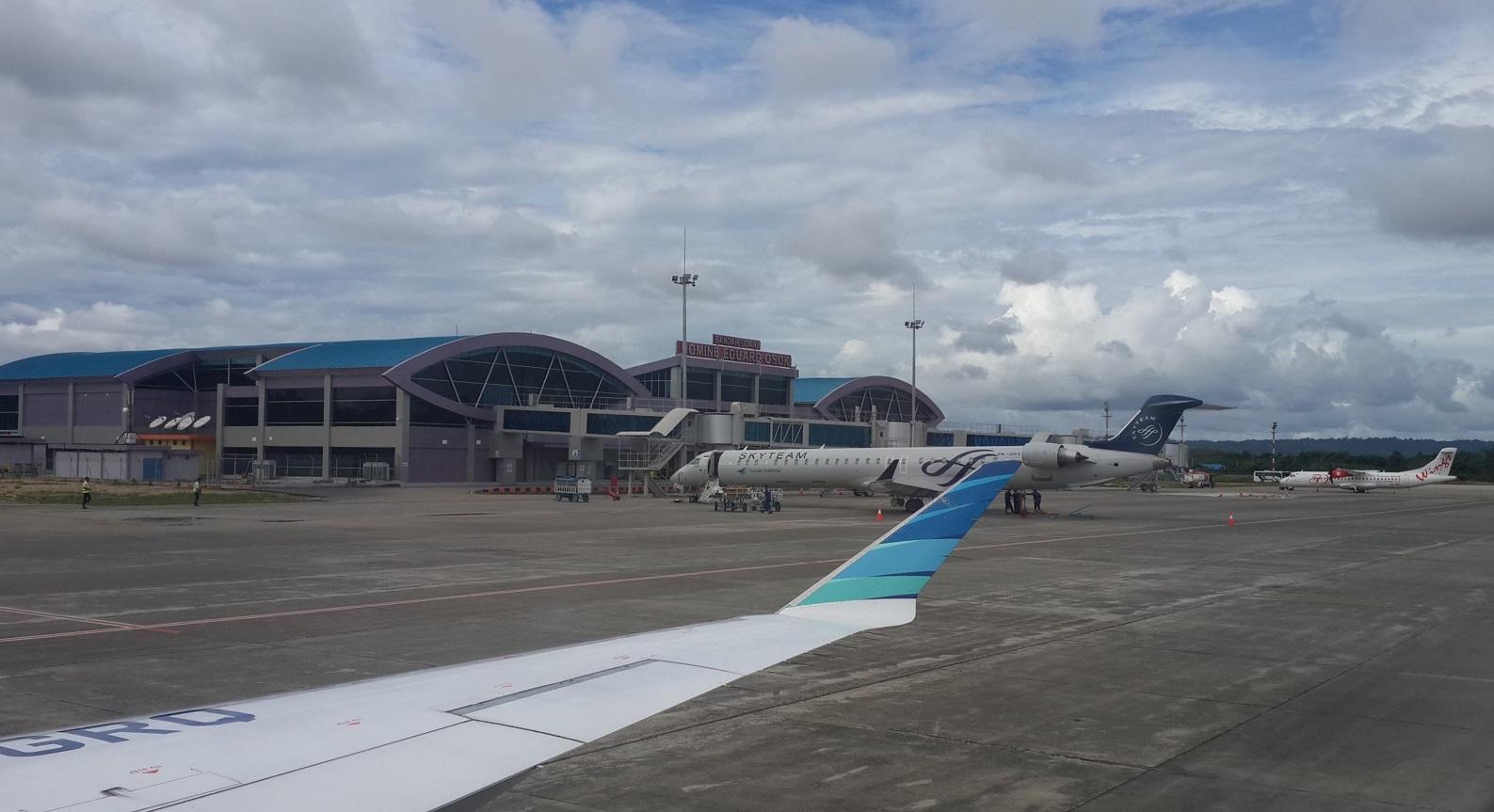Domine Eduard Osok Airport