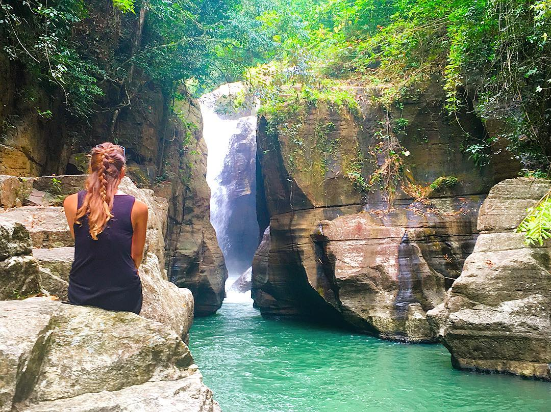 beautiful cunca wulang waterfall in flores