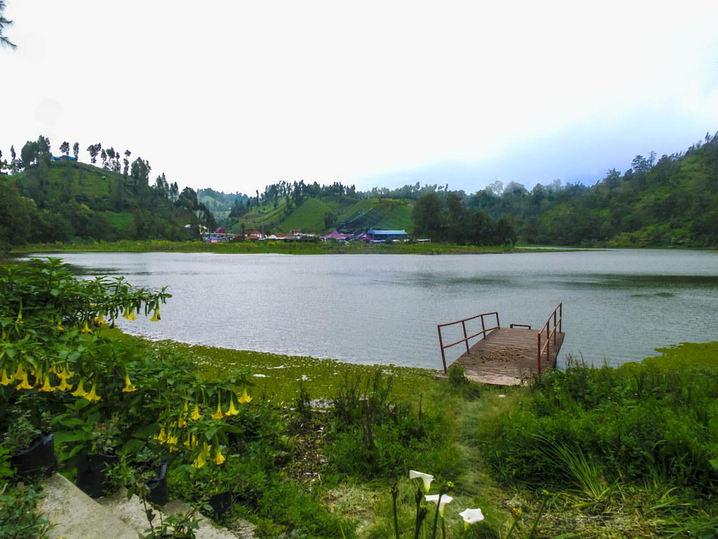ranu pani lake
