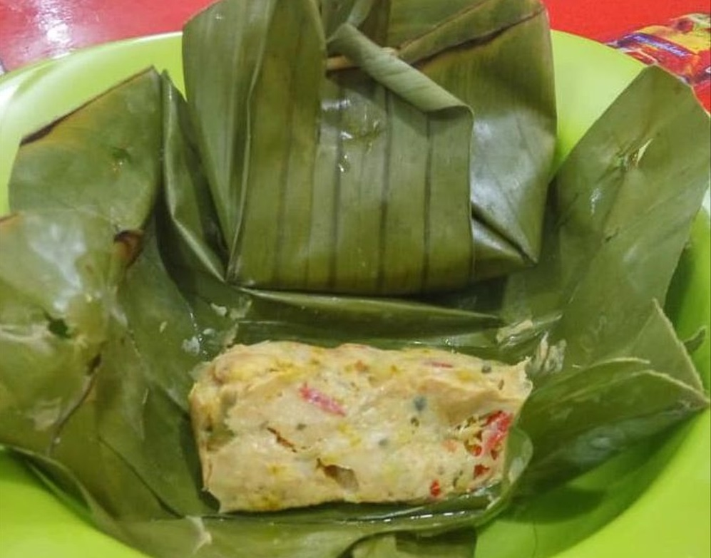 Chicken Tum is a traditional Balinese food
