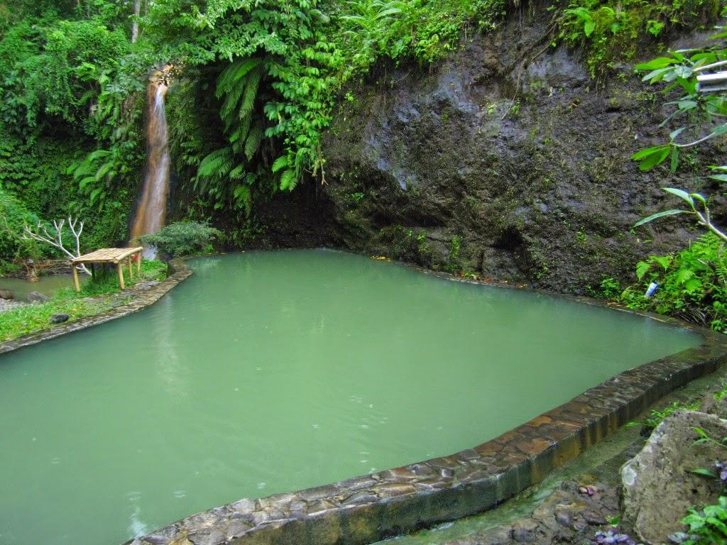 angseri hot spring in tabanan bali