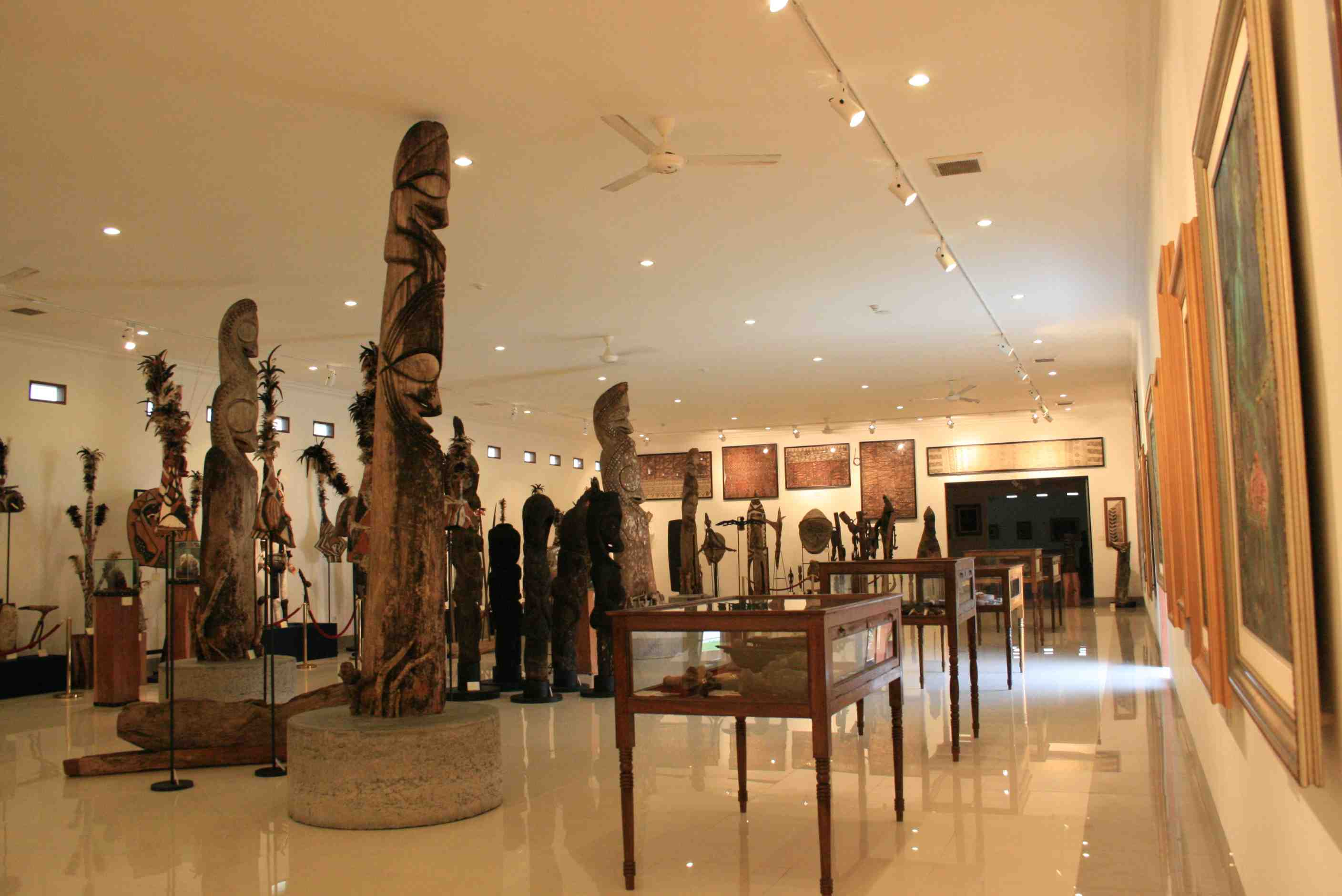 Asian and Pacific cultures in pasifika museum