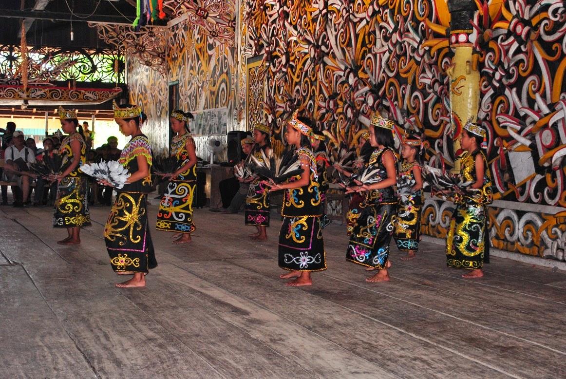 Leleng Dance is originally from east kalimantan