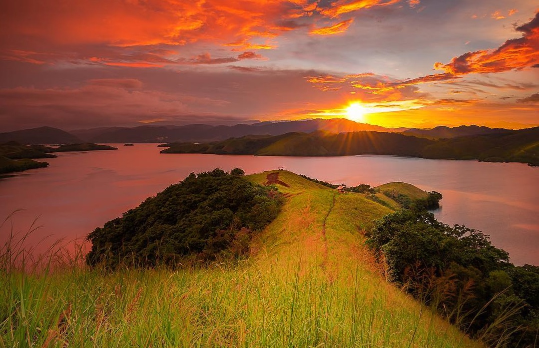 the beautiful sentani lake in papua