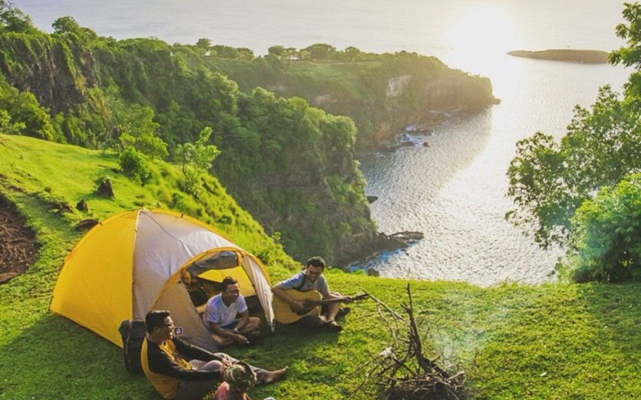 bukit asah campground in karangasem regency