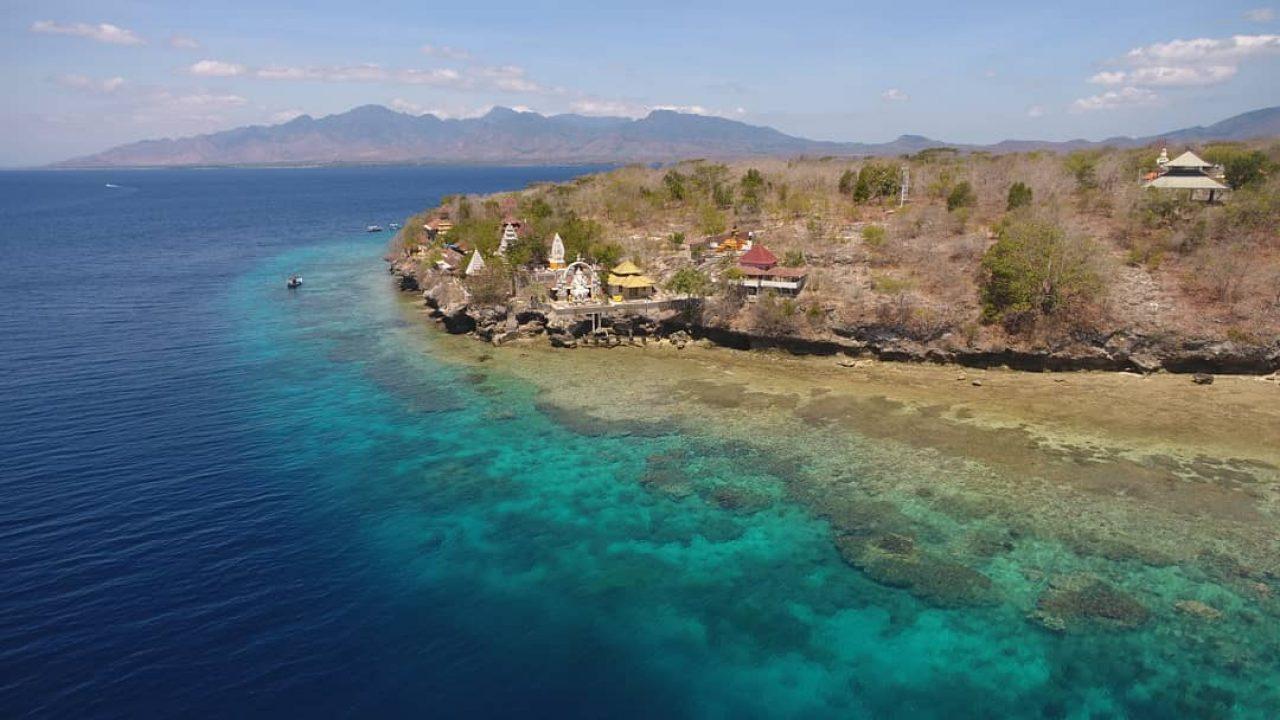 romantic place in menjangan island bali