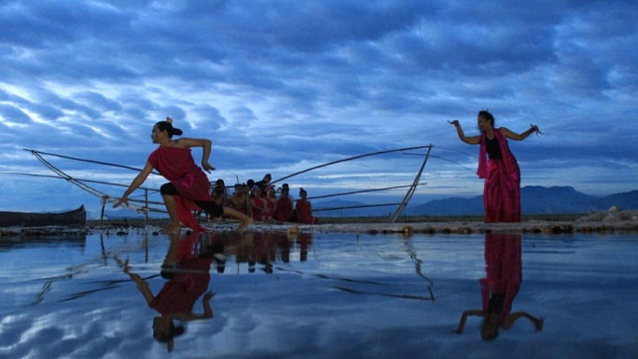 limboto lake festival in gorontalo