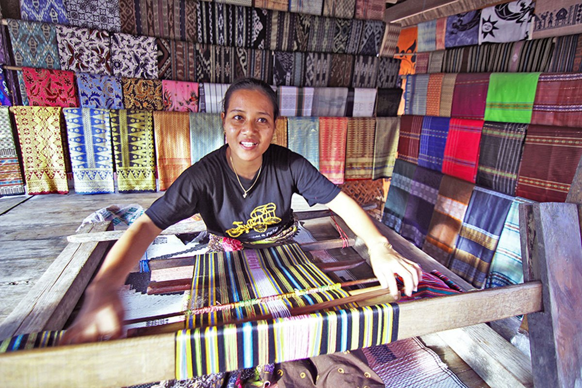 woven fabric of sade villagers