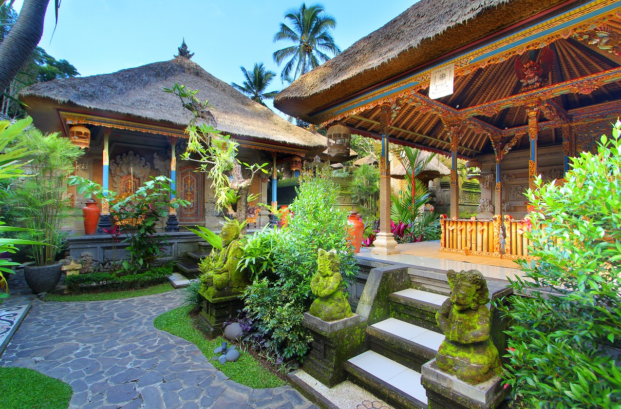 de umah bali at undisan village bangli