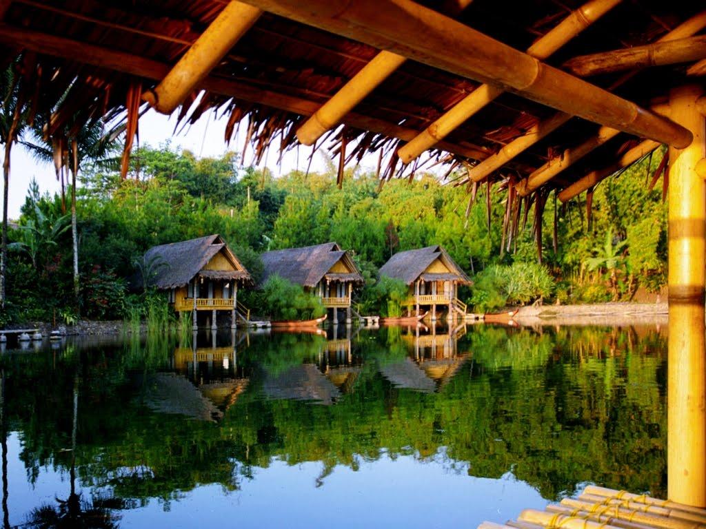 Kampung Sampireun Garut is a resort with Sundanese nuances built on a lake